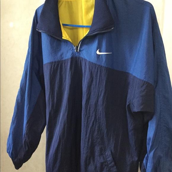 863356fa77 Vintage Nike windbreaker reversible blue  Yellow. M 5ad271973afbbd3c666eabda
